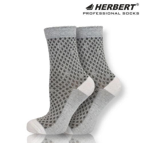 Herbert felnőtt rombusz mintás bokazokni ezüst csillogó fonallal